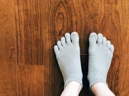 靴下 シルエット イラストの無料ダウンロードサイト「シルエットAC」